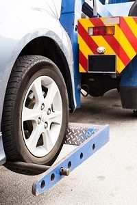 Inglewood Tow Service - Wheel Lift Towing